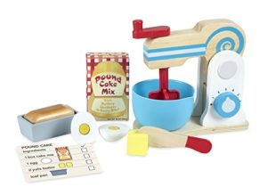Melissa Doug Set Di Giocattoli In Legno Per Giocare A Preparare Una Torta 11 Pezzi Con Mixer Accessori Da Cucina Giocattolo 0
