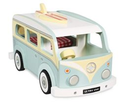 Le Toy Van Wooden Holiday Camper 0