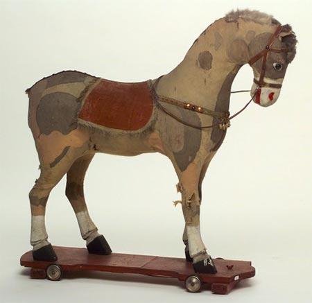 Cavallo Su Ruote Cavalcabile